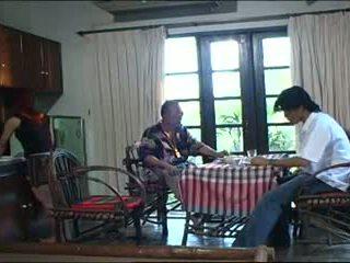 Velho tailandesa caralho.