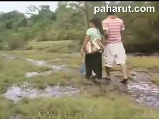 Chaud thaï sexe en public