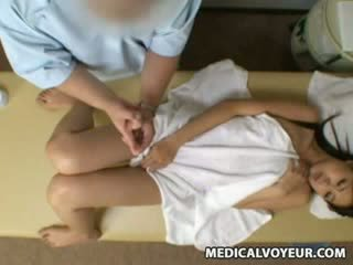 Spy Reluctant babegirl seduced by masseur