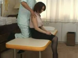Japonesa escolar gets follada por su massager