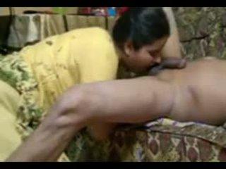 Echt indisch koppel neuken intensely bij thuis met cumshot