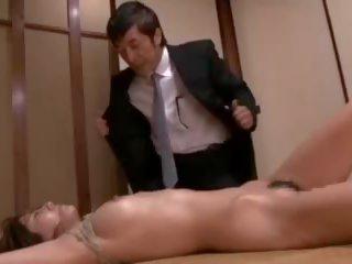 اليابانية, نائب الرئيس في الفم, فاتنة