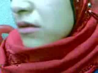 Amaterke arab hijab ženska kremna pita video