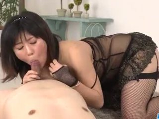 Kyoka mizusawa blows zoals an engel voor neuken