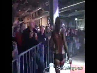 hardcore sex, šokis, dideli papai