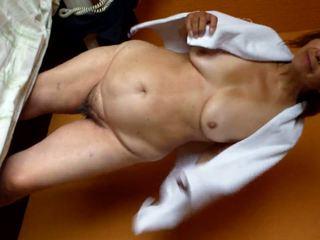 Kuuma grannie: vapaa mummi hd porno video-