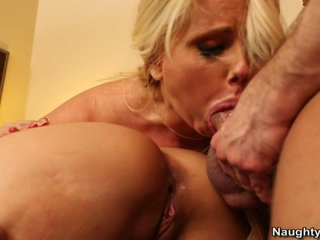 Big Titted Milfs Syren De Mer And Karen Fisher Have Sensuous 3some