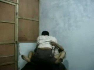 Bangla raand blackmailing αυτήν πελάτης για σεξ