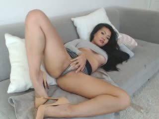 جنسي الآسيوية leilee كاميرا ويب teasing في ال أريكة: حر الاباحية 0e