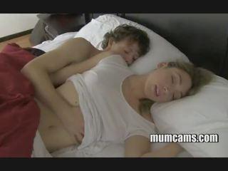 Sueño follando mamá