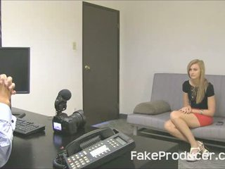 Pikk blond alexa grace imemine ära fakeproducer ja swallowing sperma