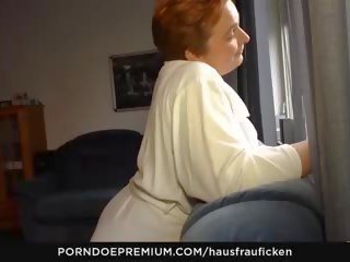 Hausfrau ficken - مفلس ربة البيت fingered بواسطة أقرن.