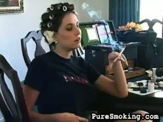 video, jauniešu smēķēšanas meitenes, big balls fetish