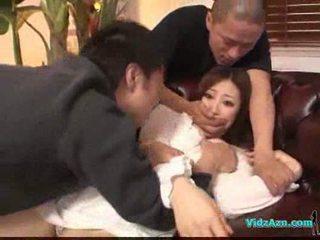Ázsiai lány -ban fehér ruha getting neki cicik rubbed punci nyalás