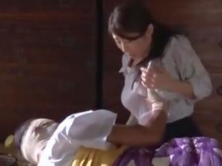 Subtitled nhật bản post ww2 drama với ayumi shinoda trong độ nét cao