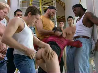 Claudia vroče rjavolaska prasica analno dp skupinsko posilstvo obrazno vdv