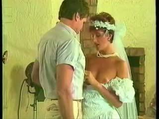 Sharon mitchell huwelijk jurk