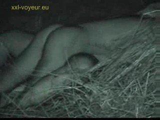 вуайеріст, немовля, на відкритому повітрі