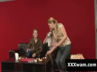 Ēdiens fetišs wam mammīte pieauguša ekscentriskas pārdabiskas liels vientiesis bigtits