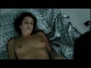 Riley keough nackt im sex und masturbation szenen