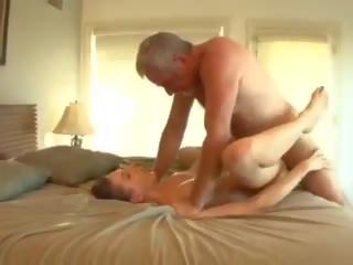 Big kontol daddy fucks the bayisitter, free porno 33