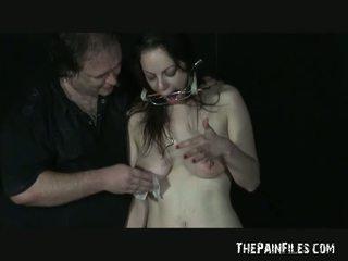 Grup seks oral seks üstsüz arasında akrobatik slavegirl beau