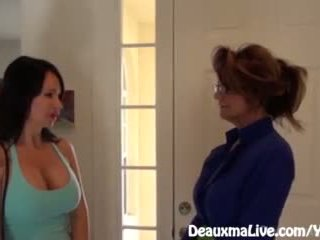 Milf deauxma scissors angie kohteeseen myydä hänen talo!