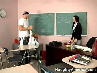 jums students vairāk, balts karstākie, hq puma