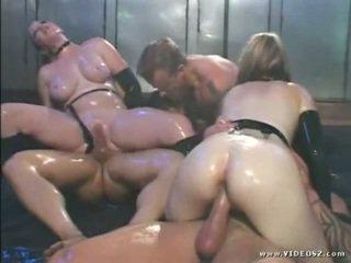 брюнетка, великі сиськи, анальний секс