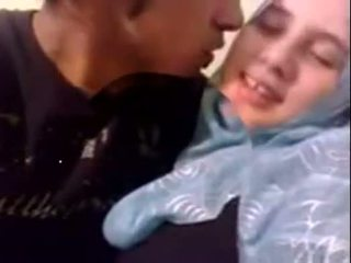 Amateur Dubai horny hijab girl fucked at home - desiscandal.xyz