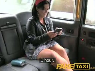 Faketaxi london cabbie arse fucks spaans passenger
