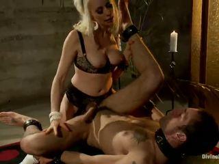Erotično lorelei lee screwing the thang od the man ona strapon got laid till