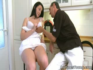 Tiffany gets bent over the stol by her older guy