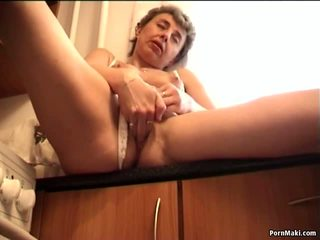 Granny Masturbates with Cucumber and Banana: Free Porn 9a