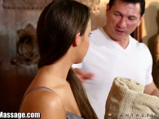 Fantasymassage amirah adara lurt til bj
