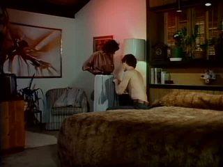licking, lesbietes, lielas krūtis
