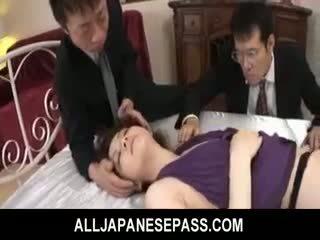 Rina koizumi гаряча азіатська модель в сексуальна панчохи gets трахкав