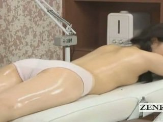 Subtitled japans schoolmeisje eerste sensueel olie massage