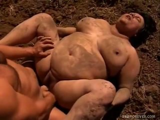 Farmer stretches mud filled grosse