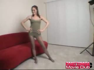 Excitat bruneta gagica în ciorapi addison rose teasing ne