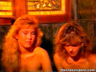 Freaky παλιάς χρονολογίας πορνό βίντεο παρουσιάζονται με ο κλασσικό πορνό