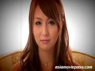 Új japán gecinyelés facials shows -ban japán
