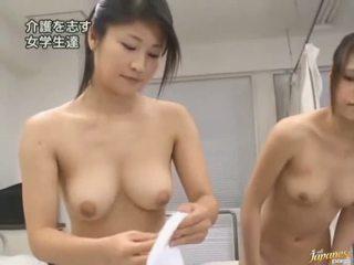 Giapponese av modella è forzato a avere sesso