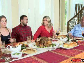माताओं bang टीन - नॉटी परिवार thanksgiving <span class=duration>- 10 min</span>