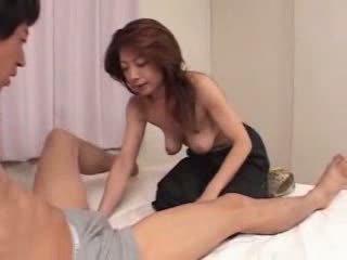 일본의 성숙한 이다 굶주린 용 섹스 비디오