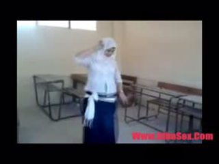 Arab egypte dance で 学校