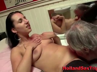 Euro redlight slut licked by an old guy