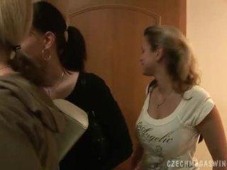 Miang/gatal warga czech couples dalam yang horby swingers majlis