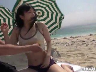 Hina maeda fucks tovább a tengerpart
