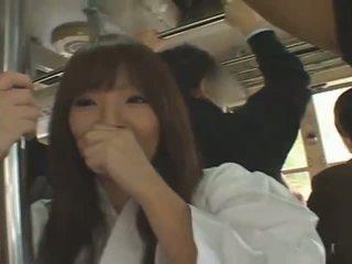 Голям бюст японки момиче hitomi tanaka banged в публичен